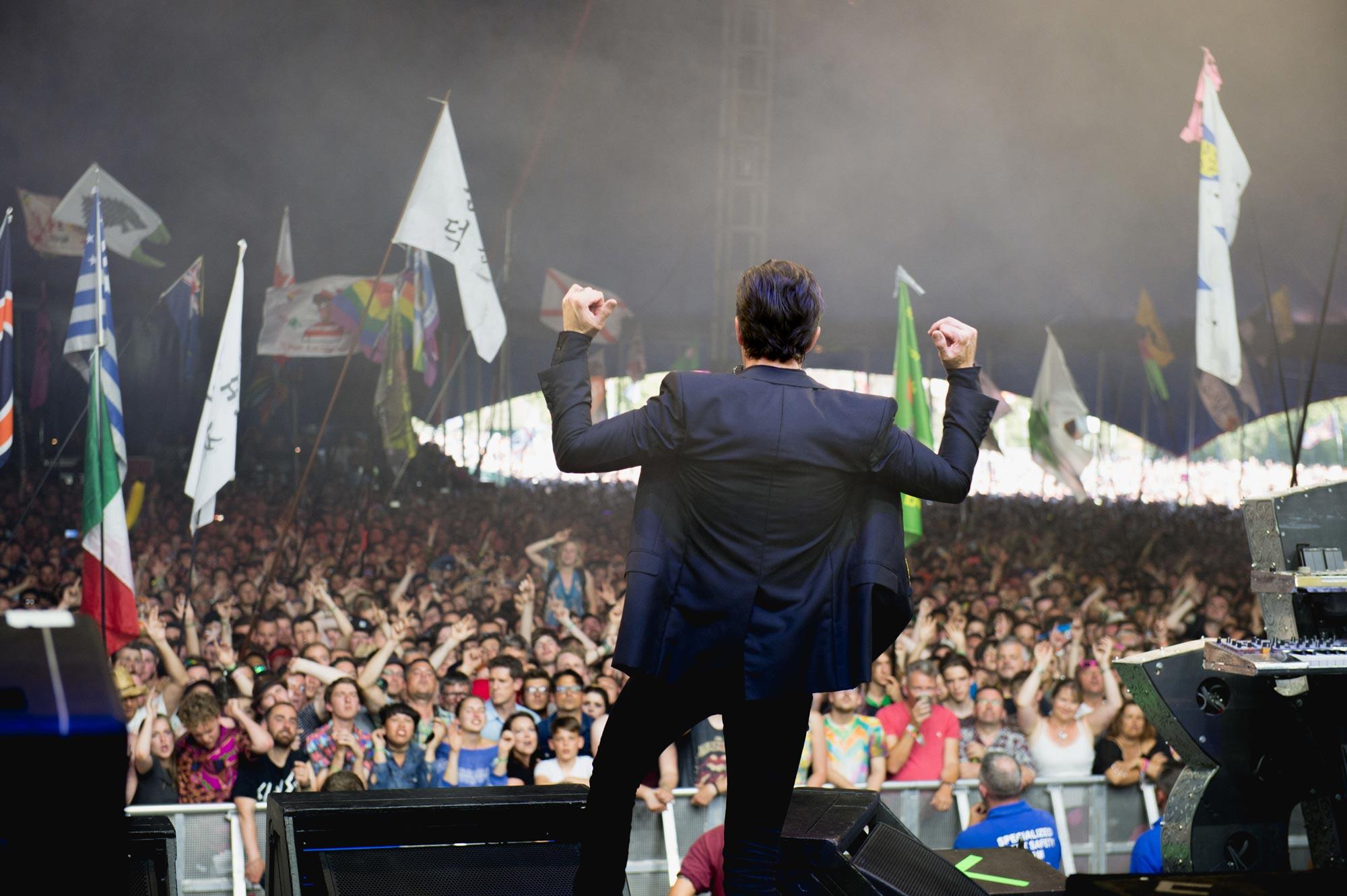 I Killers ritornano sul Pyramid Stage di Glastonbury dopo dodici anni