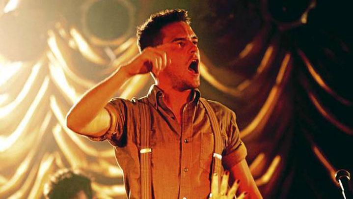 Nel suo tour solista Brandon Flowers è timidamente solo