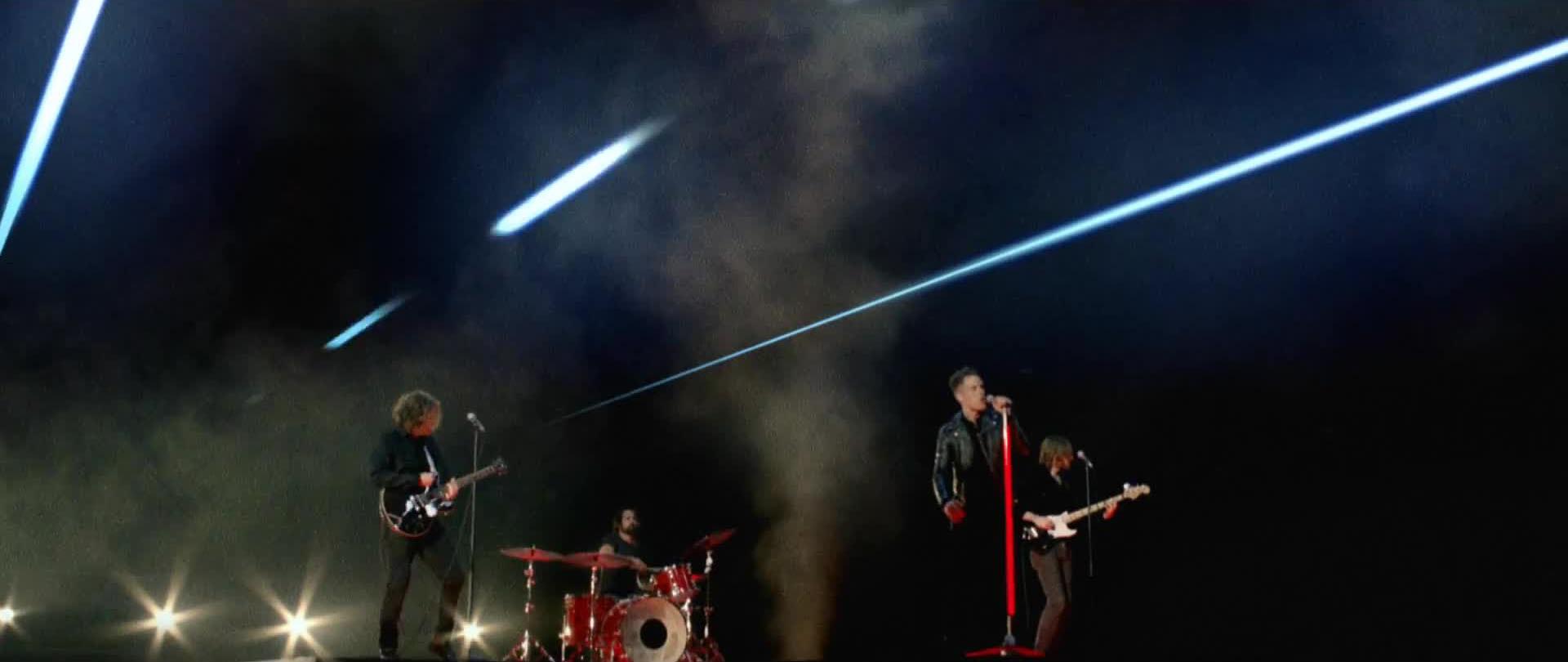 Il video ufficiale di Runaways